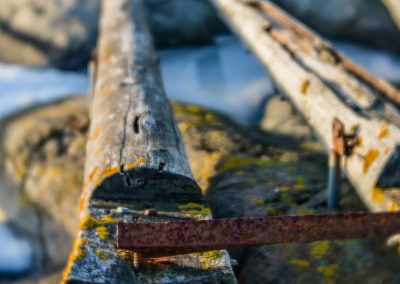 Timber rail for hauling boats