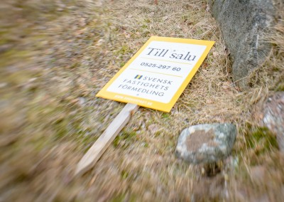 Abandoned for sale sign